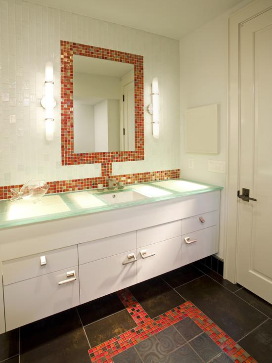 Glass tile backsplash mirrored mosaic designs mirror tiles for Glass tile border bathroom ideas