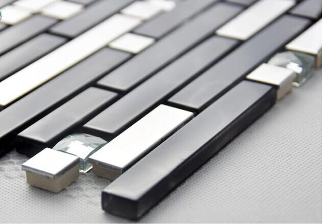 black glass tile backsplash 2-33-3